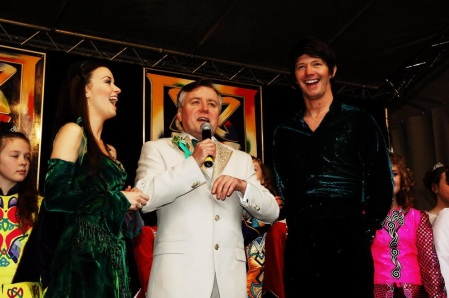 Gerry introducing Riverdance lead dancers to Nottingham's St Patrick's Day open air concert 2011