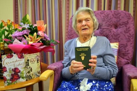 Sarah Jane Hughes 100th birthday Wednesday November 7th 2018 Gerry Molumby (2)